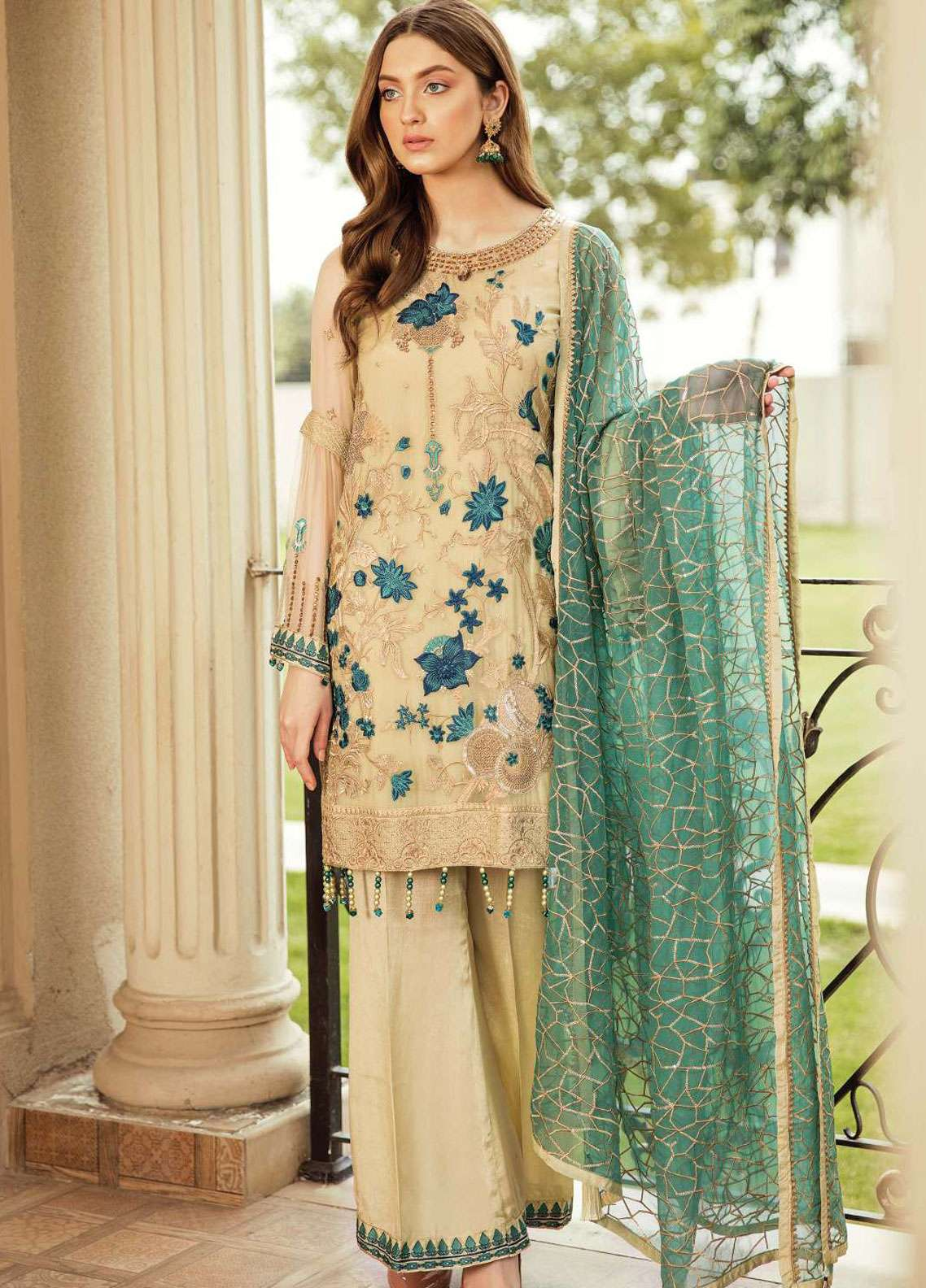 ebe8d3733d Afrozeh Embroidered Chiffon Unstitched 3 Piece Suit AF19C 04 DOVE WINGS - Luxury  Collection