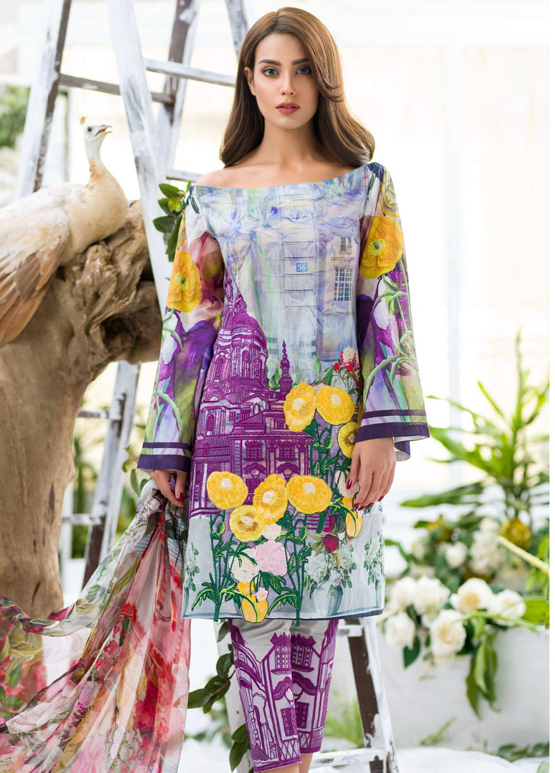 Asifa & Nabeel Embroidered Lawn Unstitched 3 Piece Suit AN18E 02 - Festive Collection