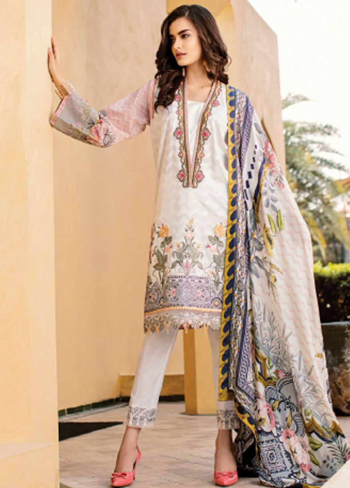 Baroque Embroidered Lawn Unstitched 3 Piece Suit BQ19L 04 WHITE DAHLIA - Spring / Summer Collection