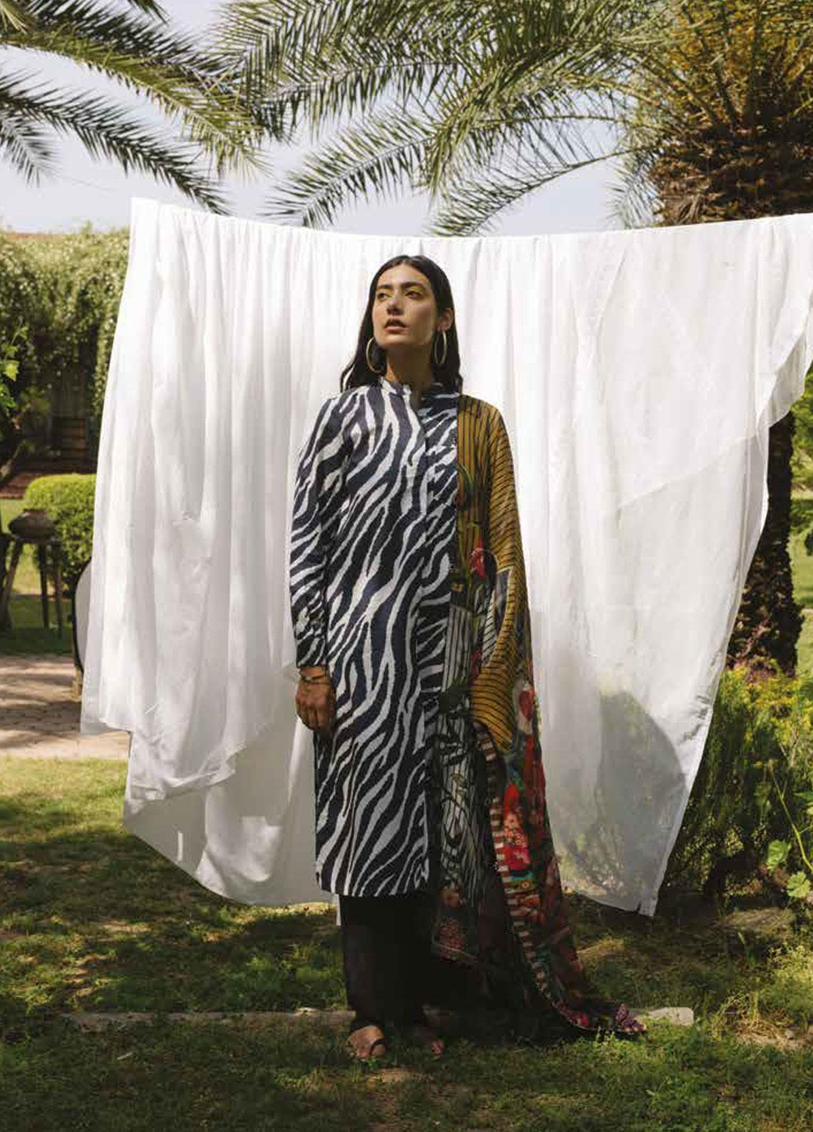 Coco by Zara Shahjahan Embroidered Lawn Unstitched 3 Piece Suit COC19L 7A - Spring / Summer Collection