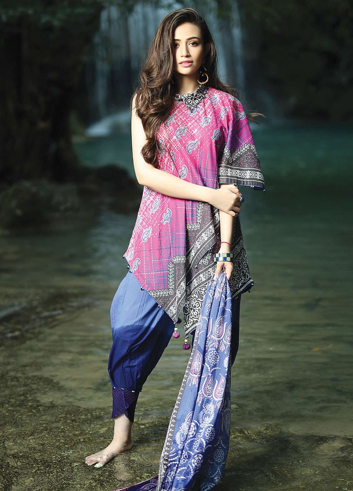 Edenrobe Printed Lawn Unstitched 2 Piece Suit 019542 - Spring / Summer Collection