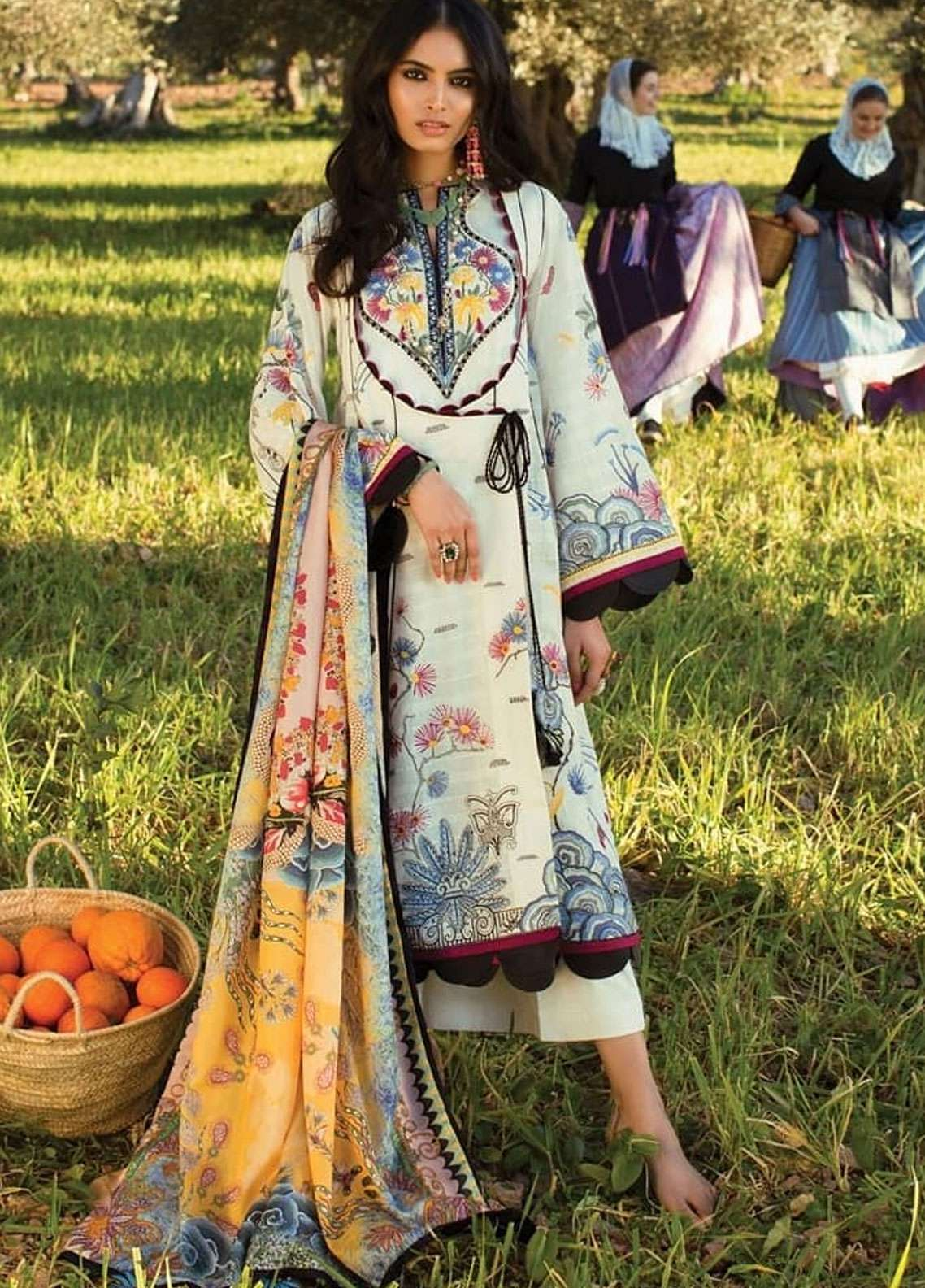 Elan Embroidered Lawn Unstitched 3 Piece Suit EL19L 10B FANTASIA - Spring / Summer Collection