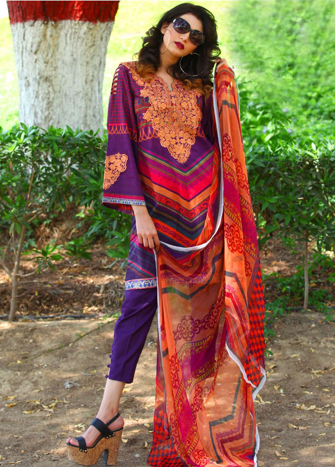Fateh Embroidered Lawn Unstitched 3 Piece Suit FT19L FS-0138 - Spring / Summer Collection