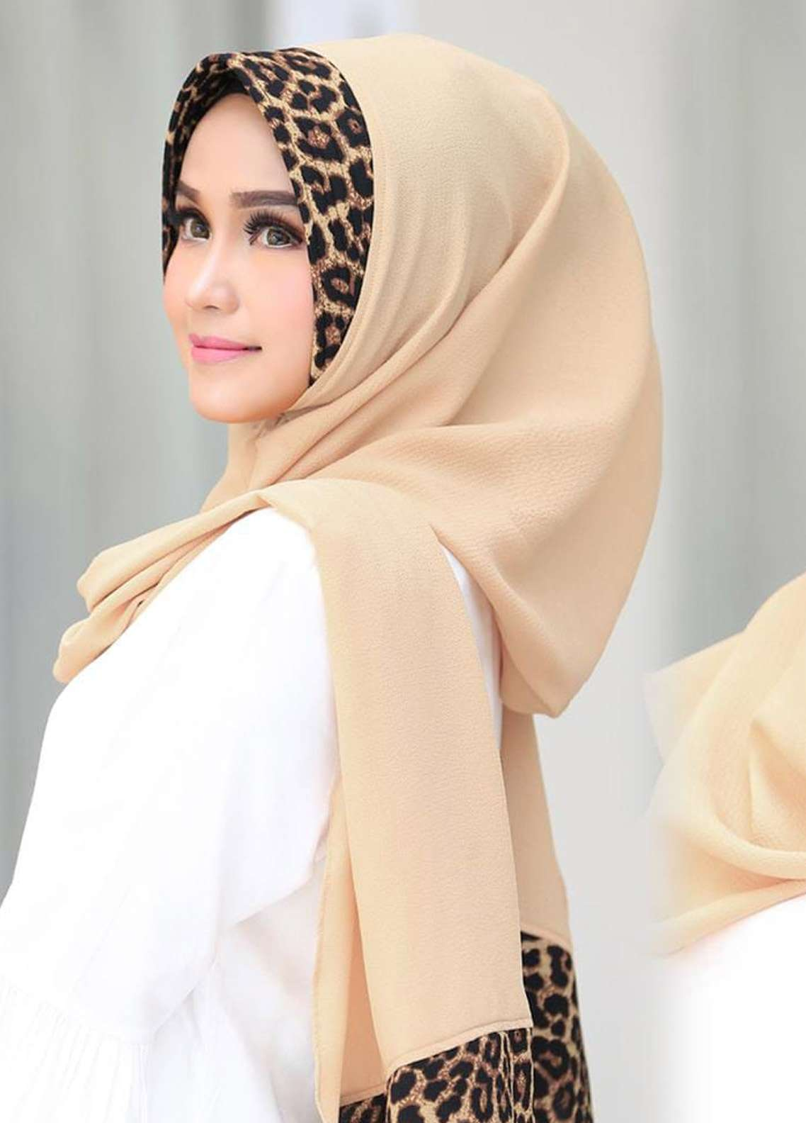 Flow Idea Hijab  Bubble Pop  Ladies Scarves HH Flow Leona 02 Cream