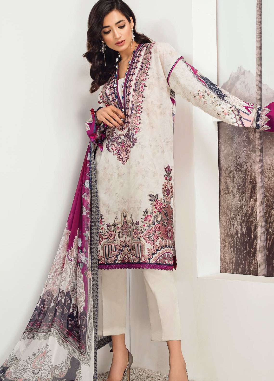 Fuchsia by Baroque Embroidered Lawn Unstitched 3 Piece Suit FC19L 05 ASTOINETTE - Spring / Summer Collection