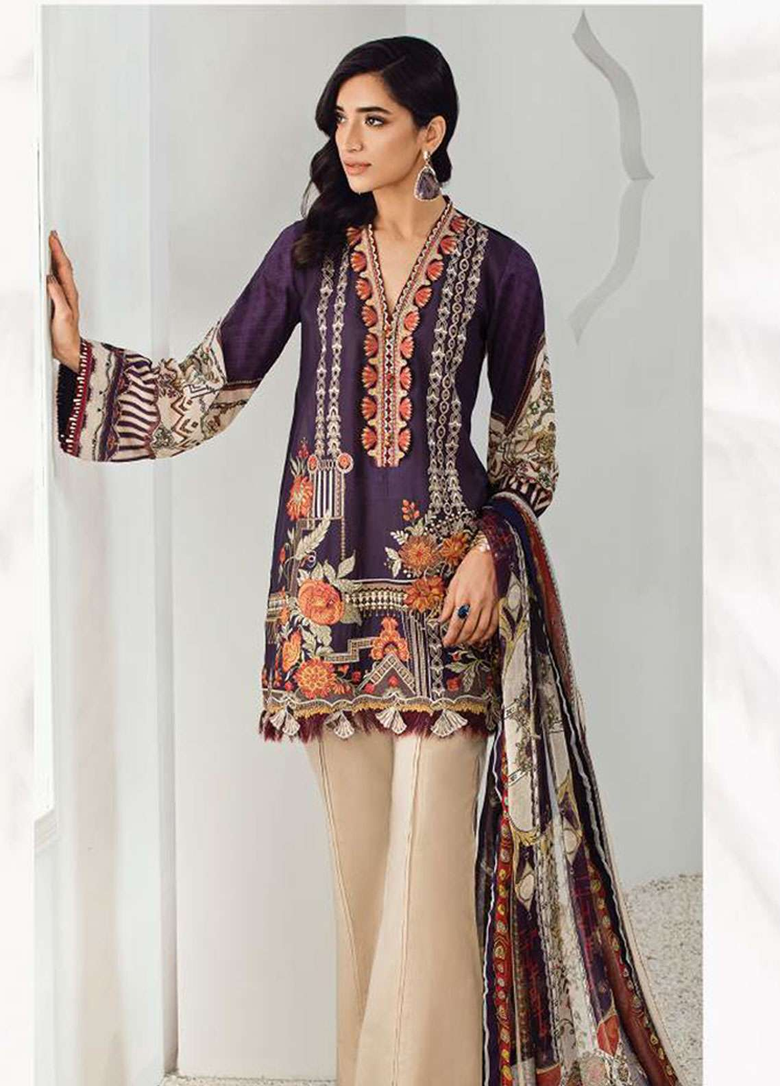 Fuchsia by Baroque Embroidered Lawn Unstitched 3 Piece Suit FC19L 10 CARLITA - Spring / Summer Collection