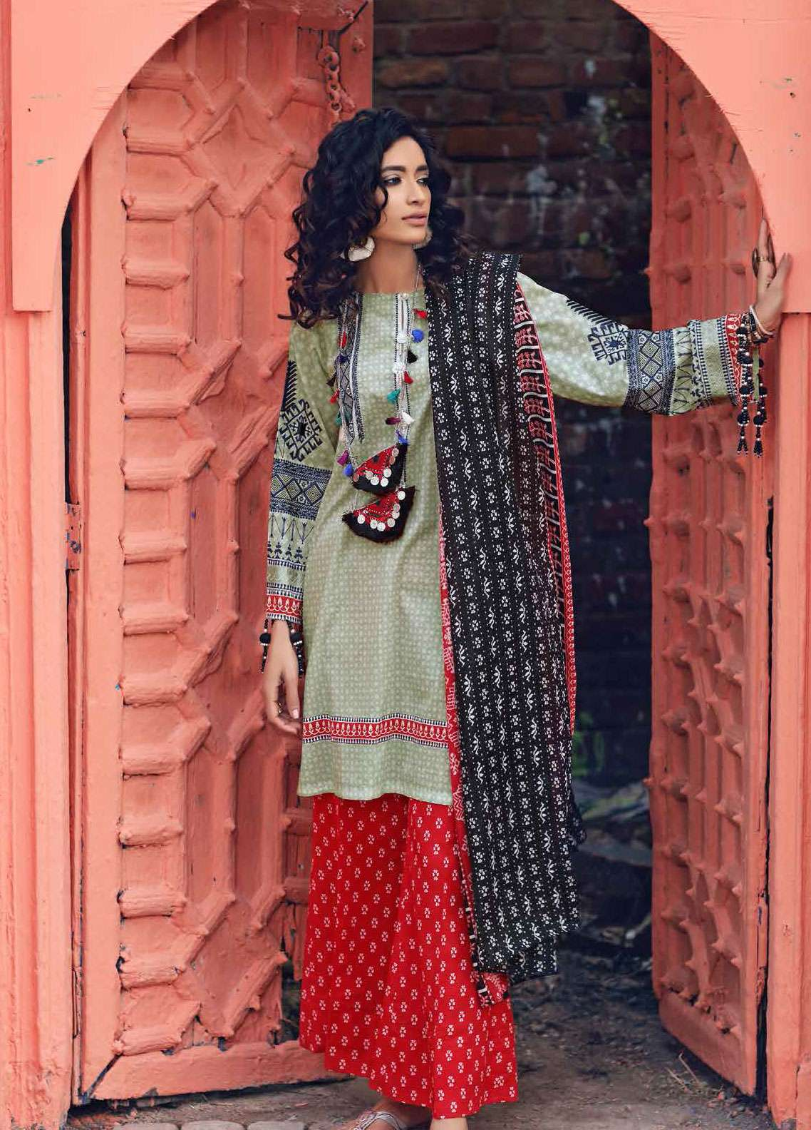 Gul Ahmed Gypsy Embroidered Cotton Unstitched 3 Piece Suit GAG19L GL-16 B - Spring / Summer Collection