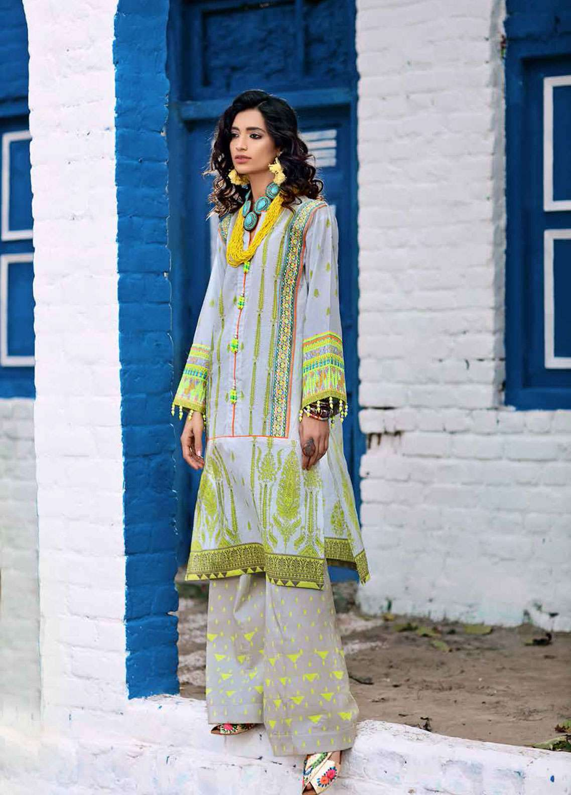 Gul Ahmed Gypsy Embroidered Lawn Unstitched 2 Piece Suit GAG19L GT-17 - Spring / Summer Collection