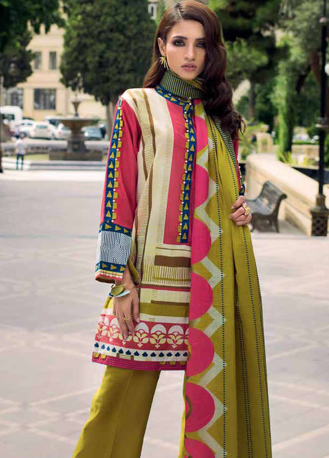Gul Ahmed Printed Cotton Unstitched 3 Piece Suit GA18W K38B - Winter Collection