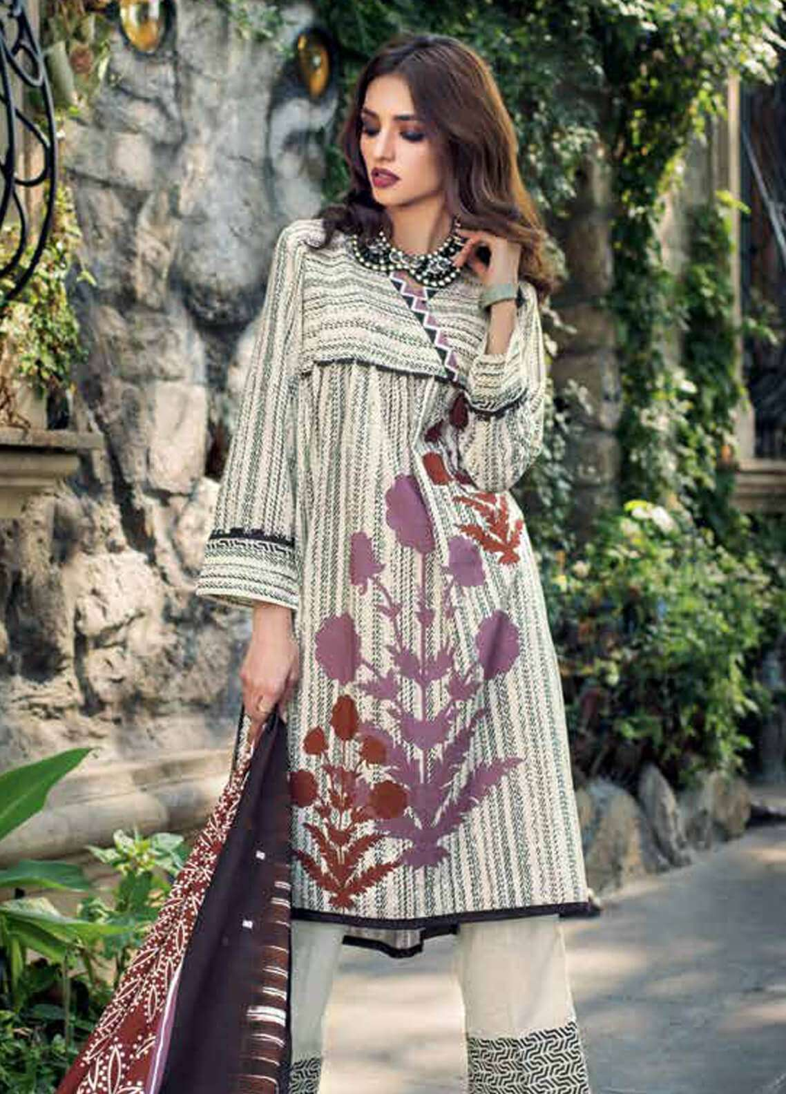 Gul Ahmed Printed Cotton Unstitched 3 Piece Suit GA18W K43A - Winter Collection