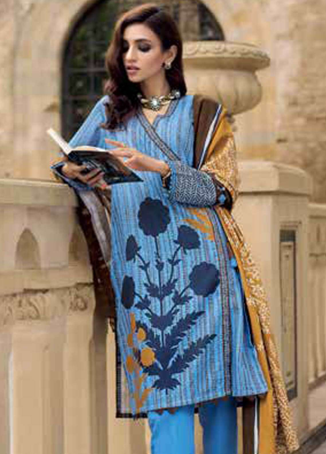 Gul Ahmed Printed Cotton Unstitched 3 Piece Suit GA18W K43B - Winter Collection