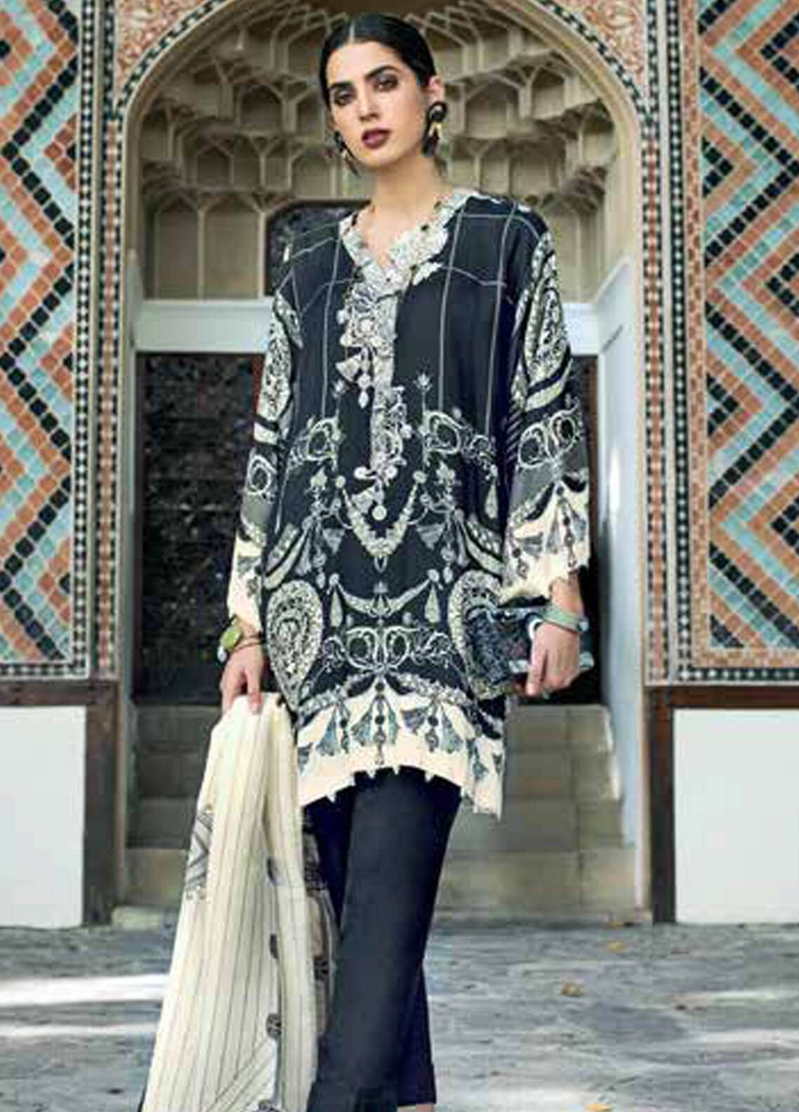 Gul Ahmed Embroidered Pashmina Unstitched 3 Piece Suit GA18W PSM03 - Winter Collection