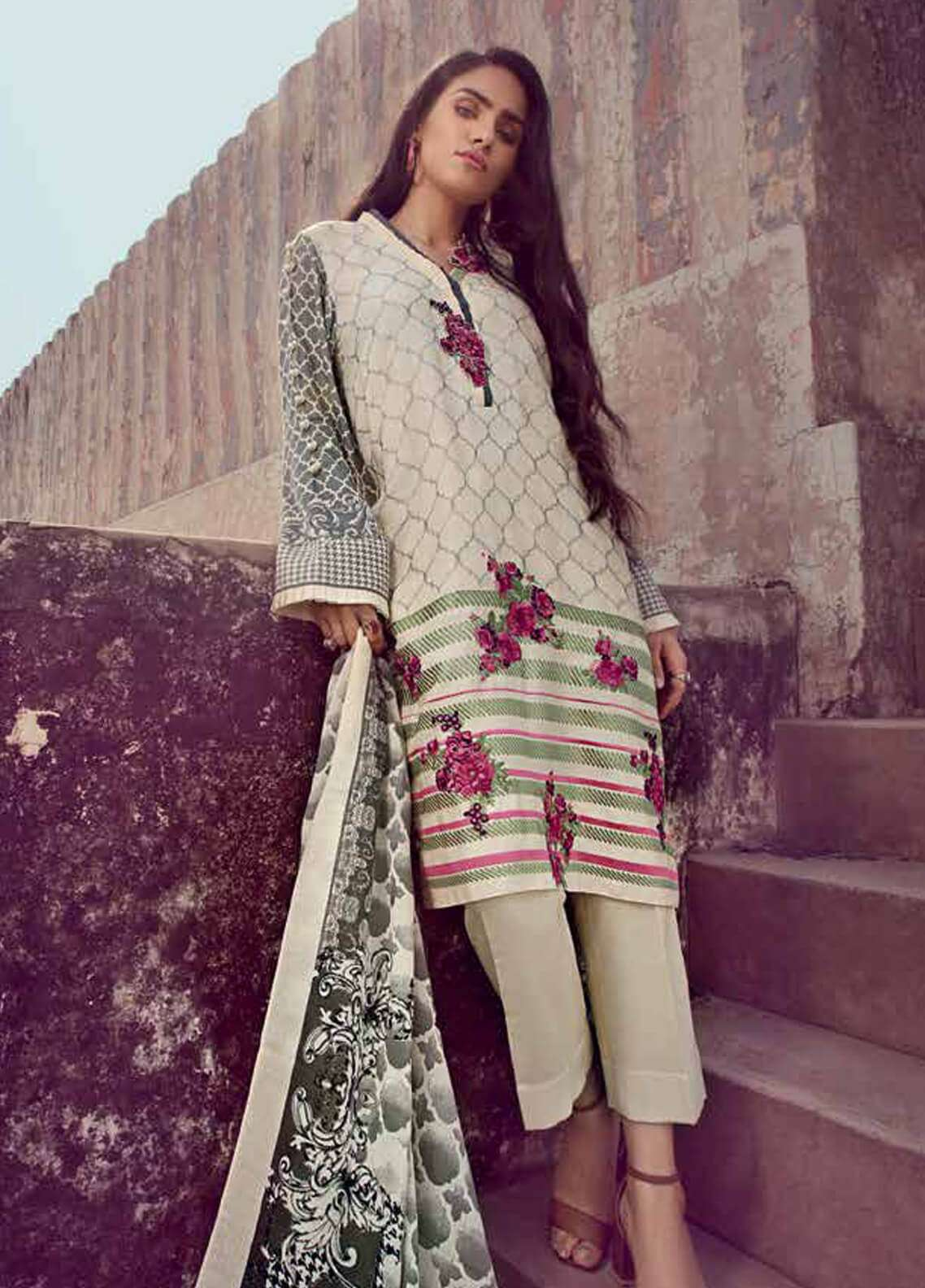 Gul Ahmed Embroidered Pashmina Unstitched 3 Piece Suit GA18W PSM06 - Winter Collection