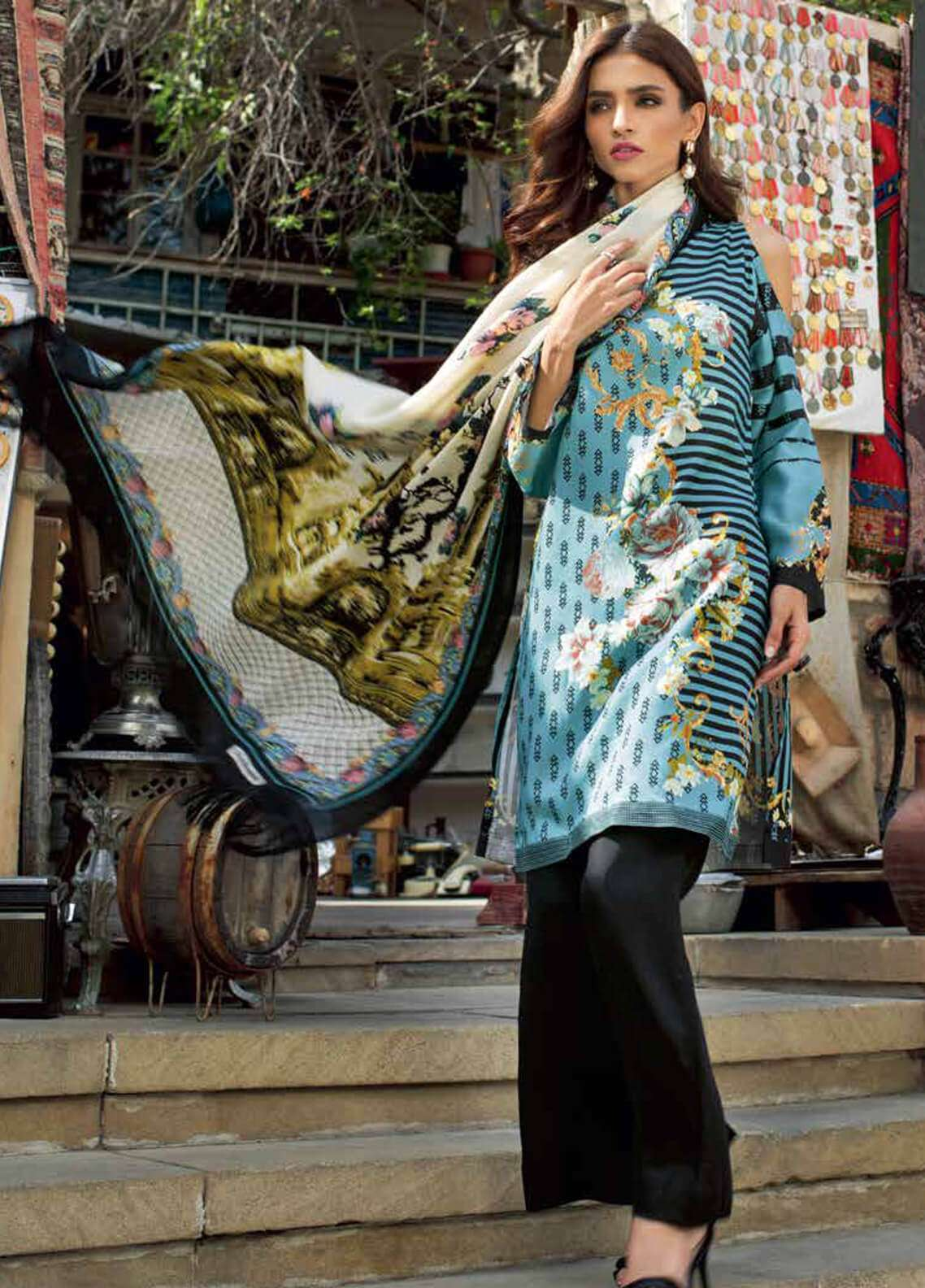 Gul Ahmed Printed Silk Unstitched 3 Piece Suit GA18W SWM02 - Winter Collection