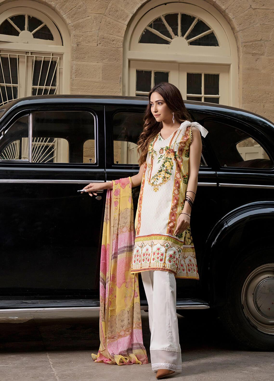 Gul Mohar Printed Lawn Unstitched 3 Piece Suit GM19L 7A - Festive Collection