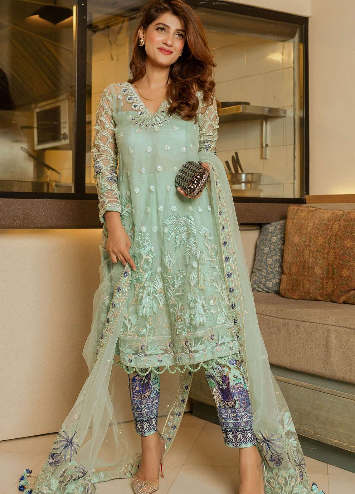 Gulaal Embroidered Zari Net Unstitched 3 Piece Suit GL19E 04 PERSIAN AFFAIR - Eid Collection