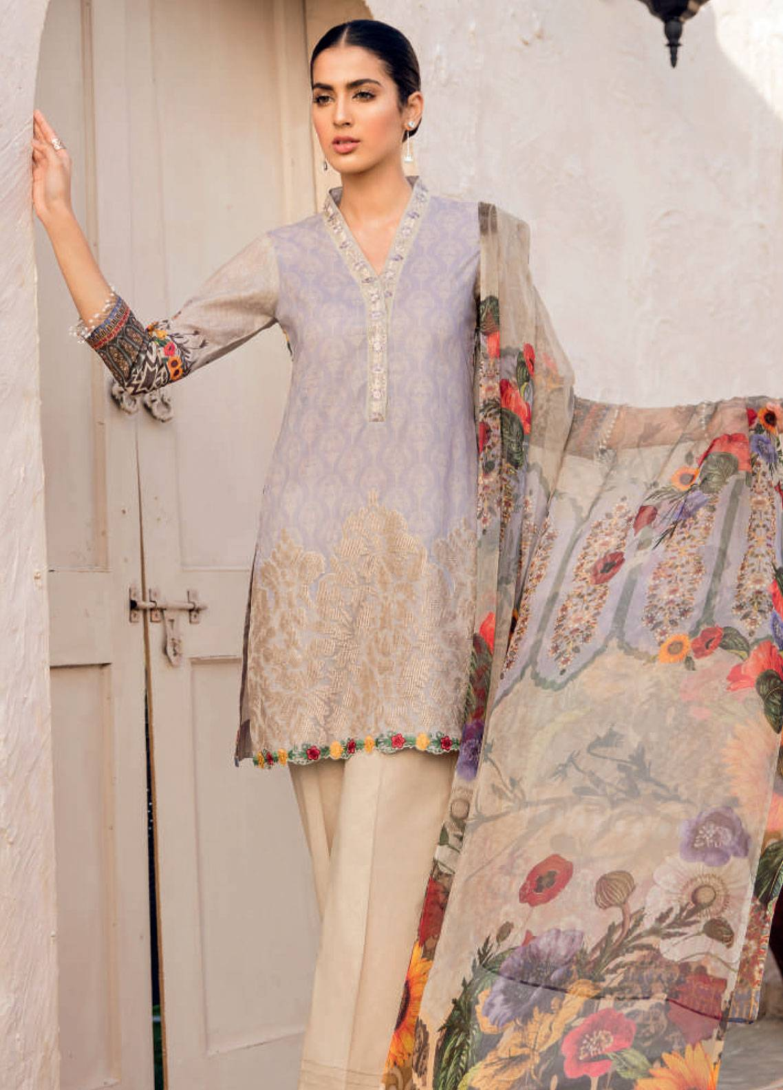 Iznik Chinon Embroidered Lawn Unstitched 3 Piece Suit IZC19-L2 01 - Spring / Summer Collection