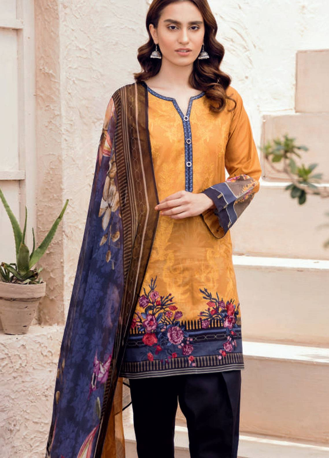 Iznik Chinon Embroidered Lawn Unstitched 3 Piece Suit IZC19-L2 03 - Spring / Summer Collection