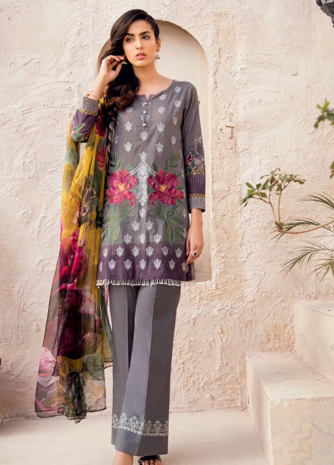 Iznik Chinon Embroidered Lawn Unstitched 3 Piece Suit IZC19-L2 08 - Spring / Summer Collection