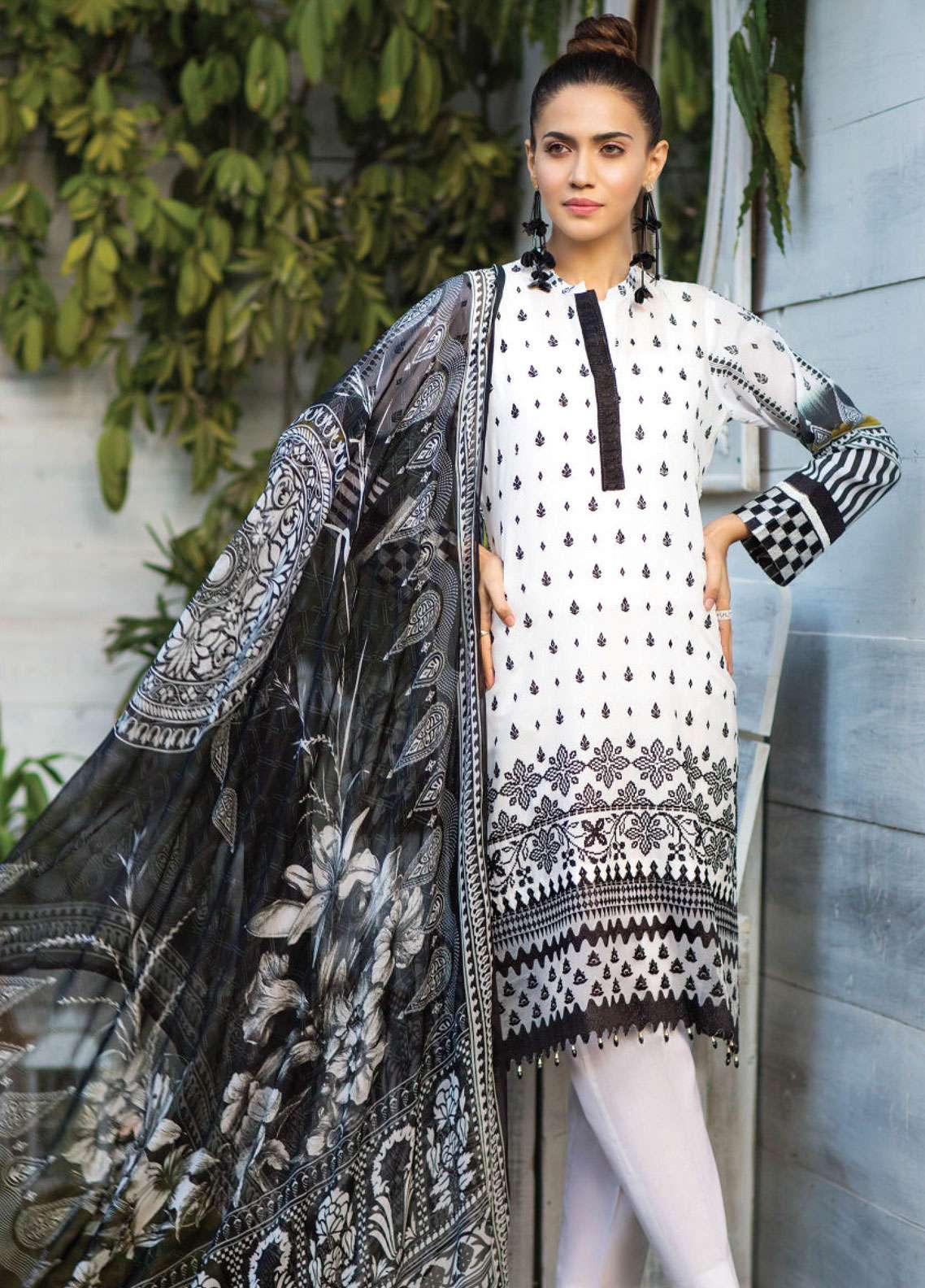 Janiya by Resham Ghar Embroidered Lawn Unstitched 3 Piece Suit JRG19L 01 - Spring / Summer Collection