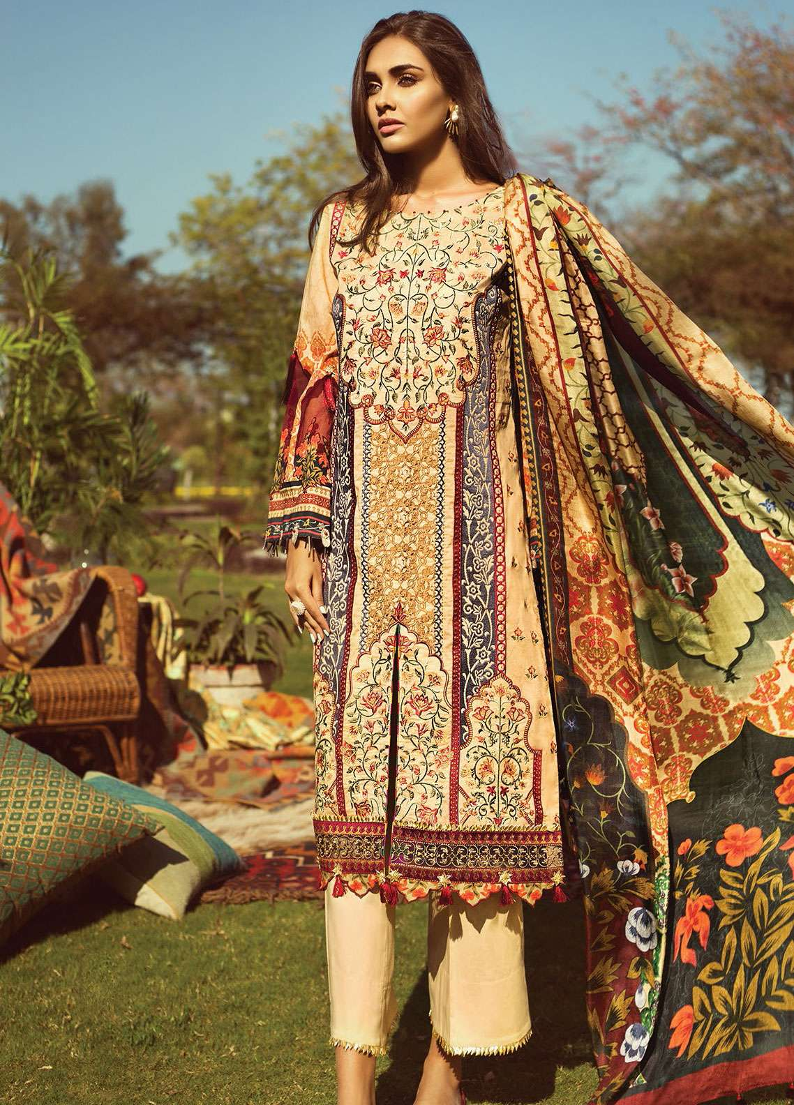 Jazmin by Baroque Embroidered Lawn Unstitched 3 Piece Suit JZ19L 01 MANDARIN - Spring / Summer Collection