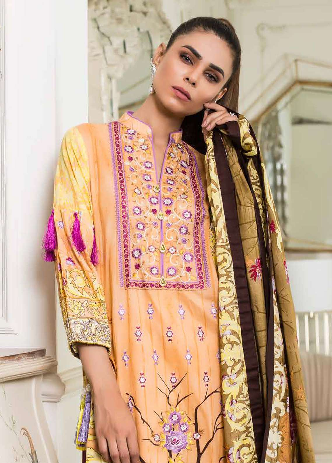 Khadjia Noor Embroidered Lawn Unstitched 3 Piece Suit KDN18L 8B - Summer Collection