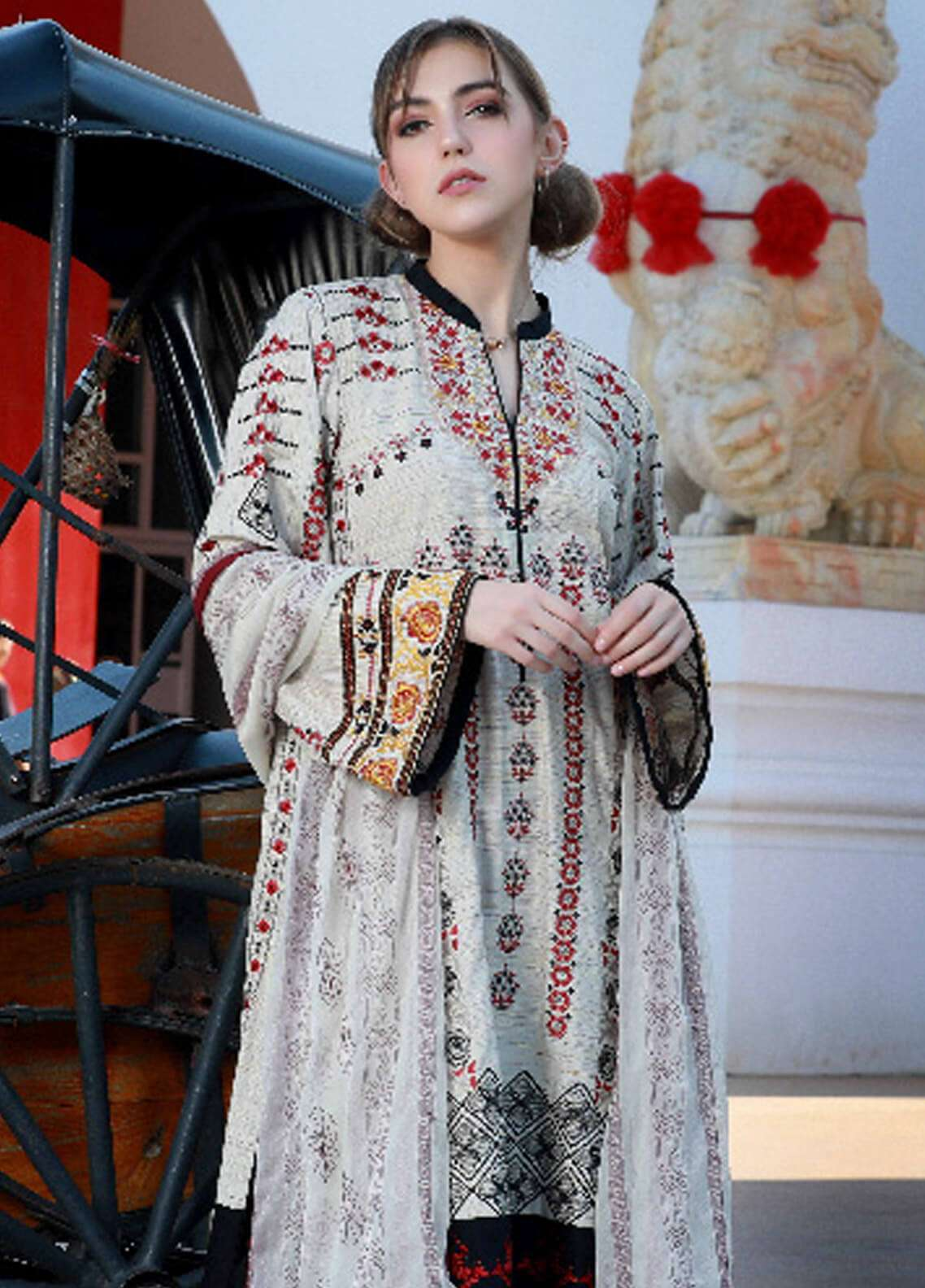 Lakhany Embroidered Woven Yarn Unstitched 3 Piece Suit LSM19S 01 - Winter Collection