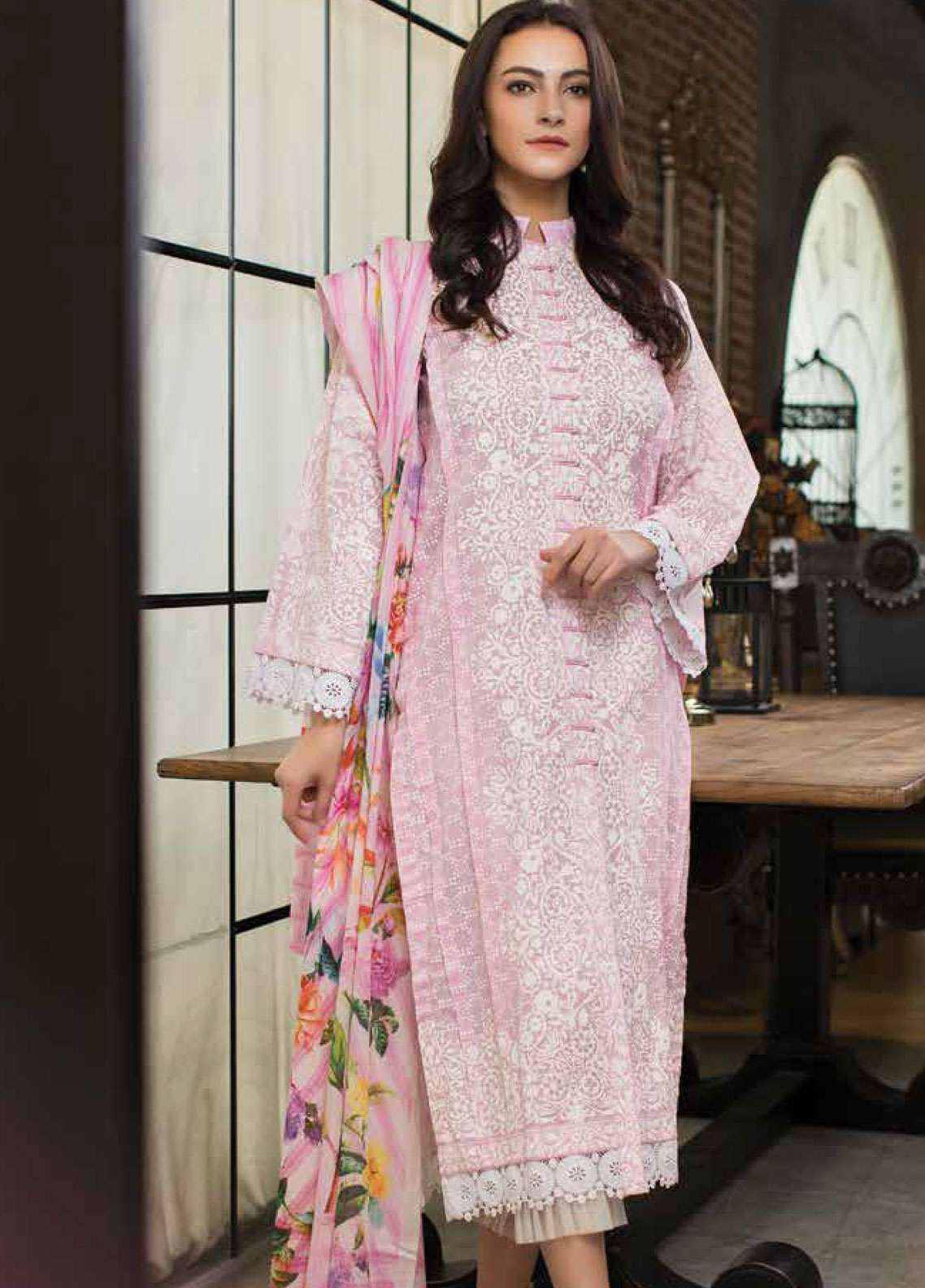 Lakhany Printed Lawn Unstitched 3 Piece Suit LSM19L LWP0003 - Spring / Summer Collection