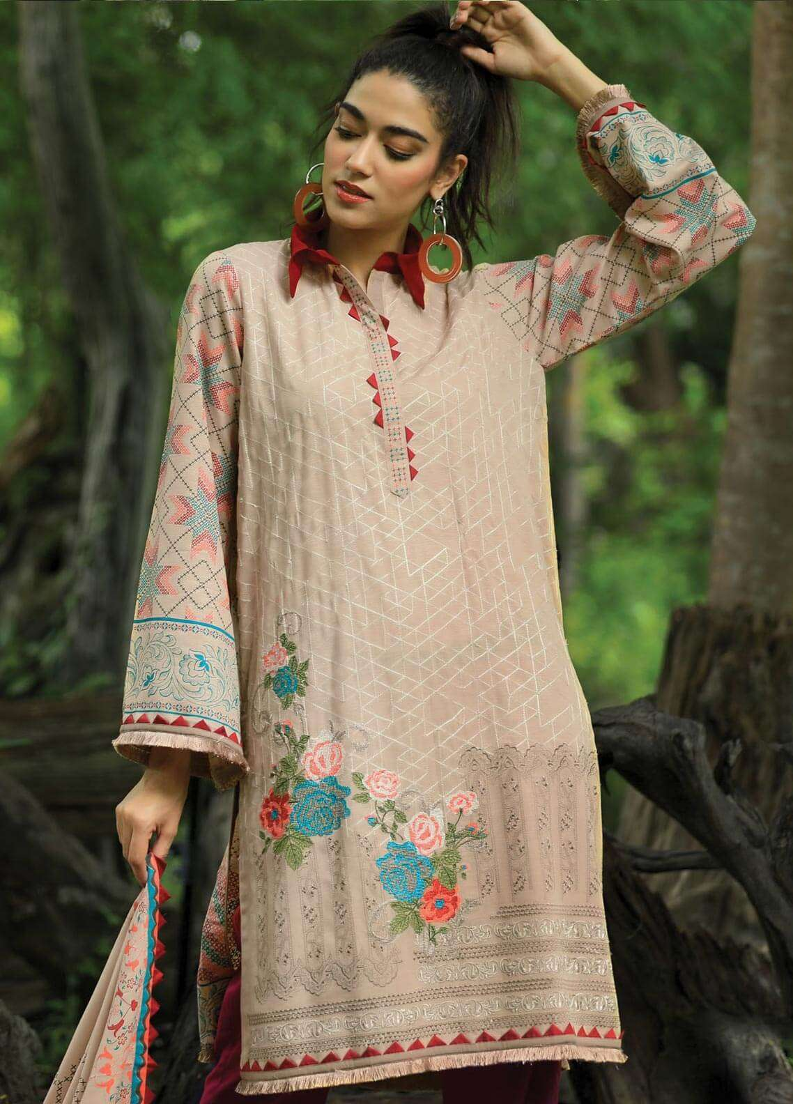 Lakhany Embroidered Khaddar Unstitched 3 Piece Suit LSM18P 996 - Winter Collection