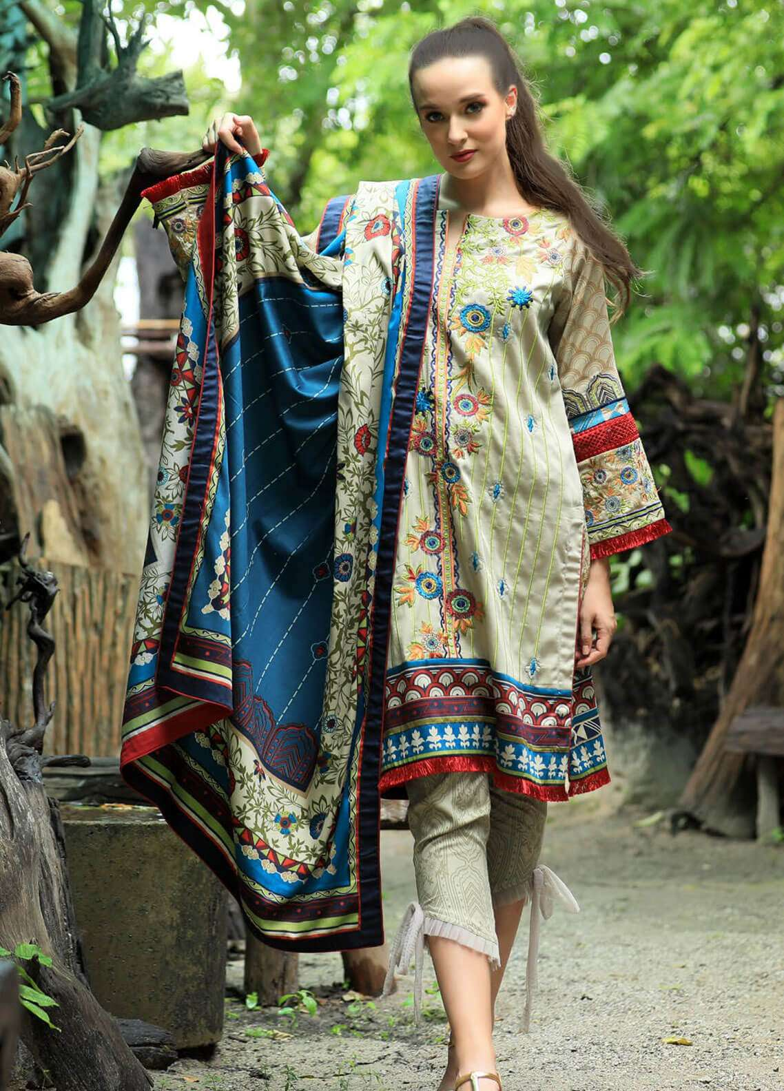 Lakhany Embroidered Cotton Satin Unstitched 3 Piece Suit LSM18FF 5A - Feral Flowery Collection