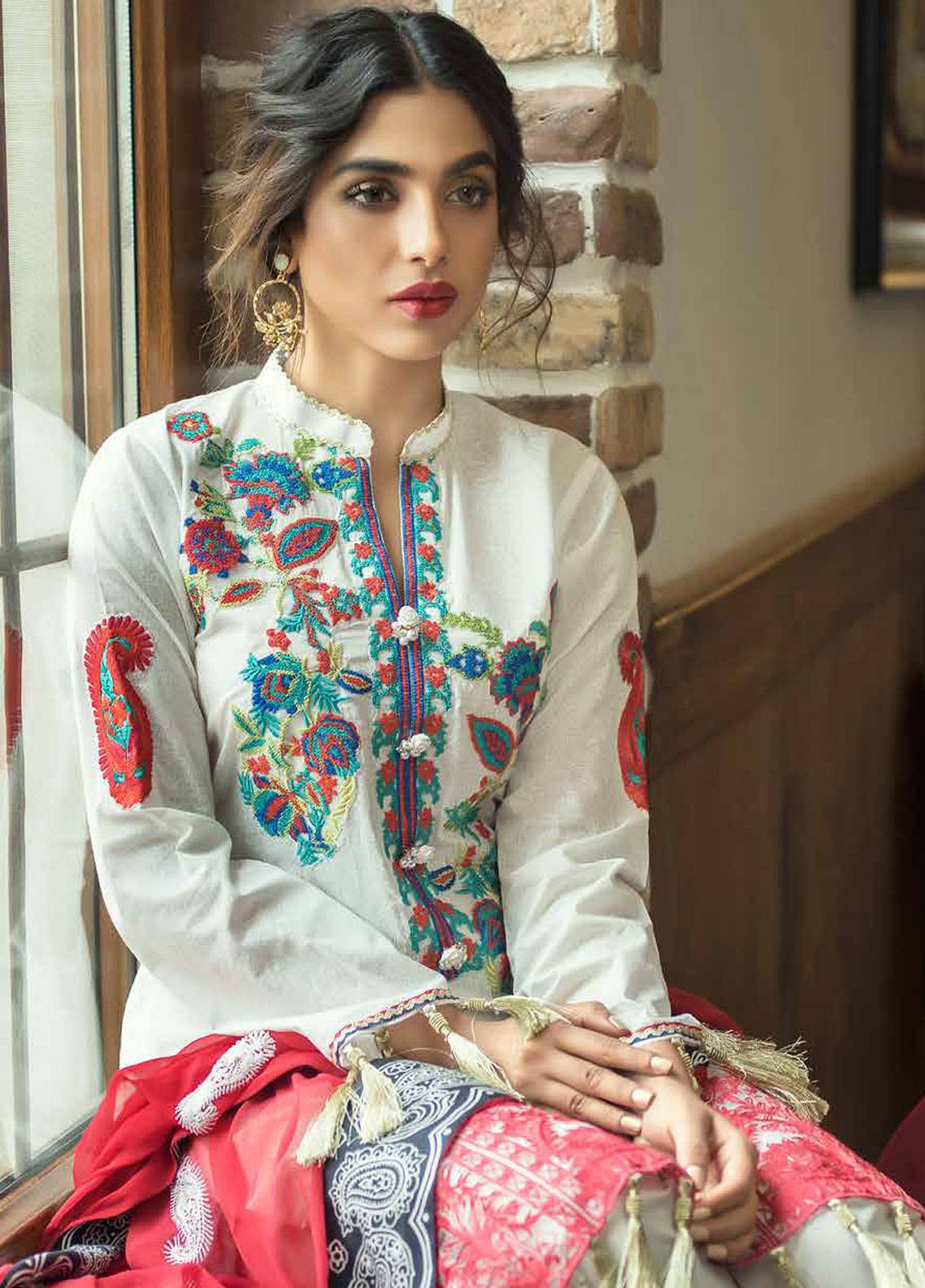 Mahiymaan Embroidered Lawn Unstitched 3 Piece Suit MAH18E 02 - Eid Collection