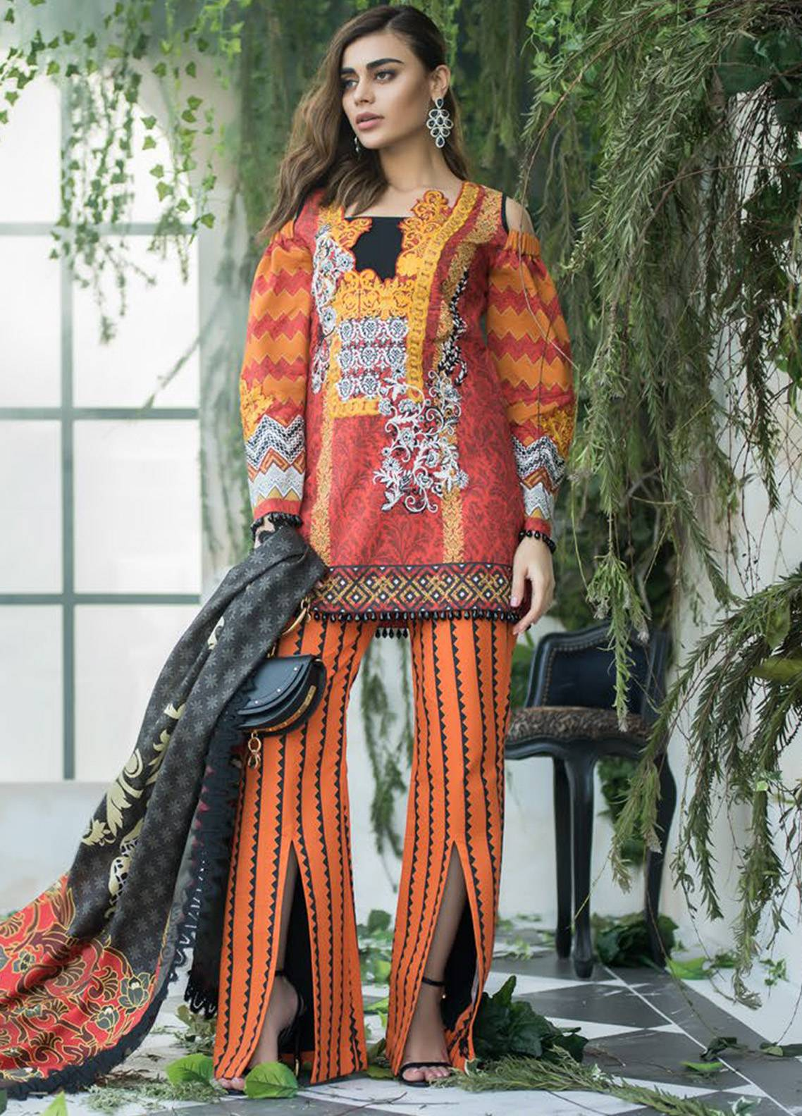 Maheen Karim by ZS Textile Embroidered Lawn Unstitched 3 Piece Suit MHK18L 08 - Spring / Summer Collection