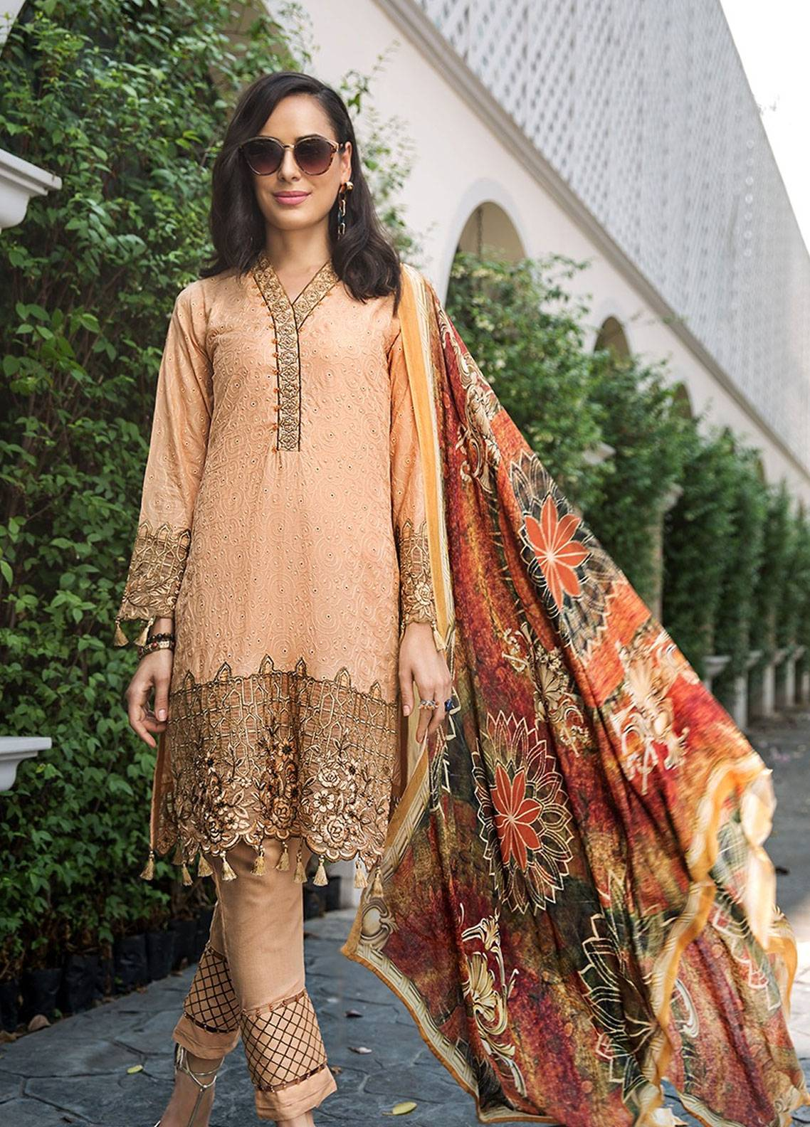 Mohagni Embroidered Lawn Unstitched 3 Piece Suit MOG19F 03 - Festive Collection