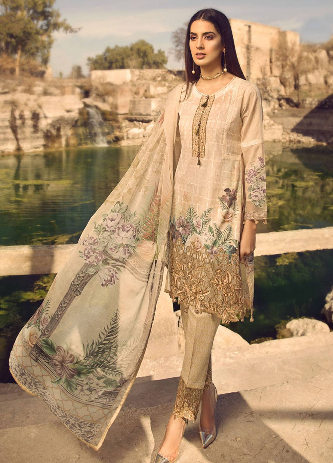 Mohagni Embroidered Lawn Unstitched 3 Piece Suit MOG19S 10 - Spring / Summer Collection