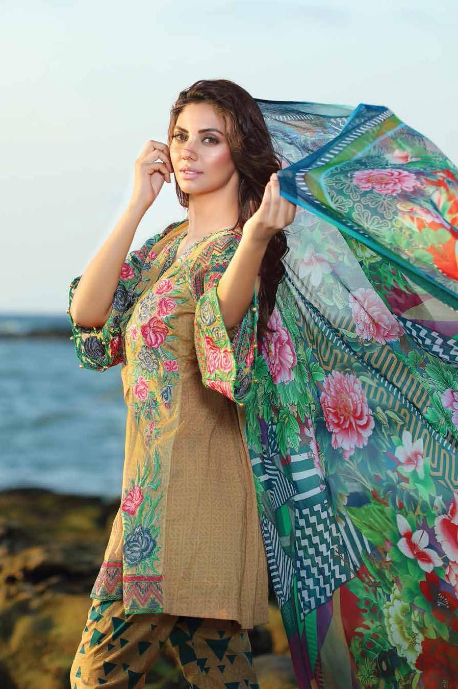 Motifz Embroidered Lawn Unstitched 3 Piece Suit MT17L 1579A