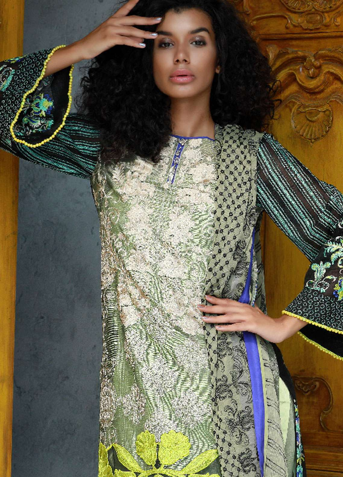 Nomi Ansari Embroidered Cotton Net Unstitched 3 Piece Suit NA18W 01 - Winter Collection