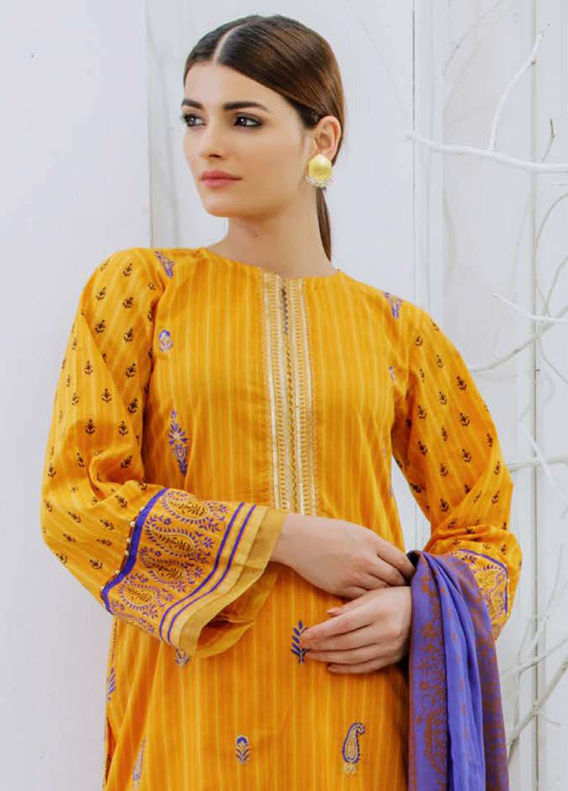 Orient Textile Embroidered Lawn Unstitched 3 Piece Suit OT19-L2 133 B - Spring / Summer Collection
