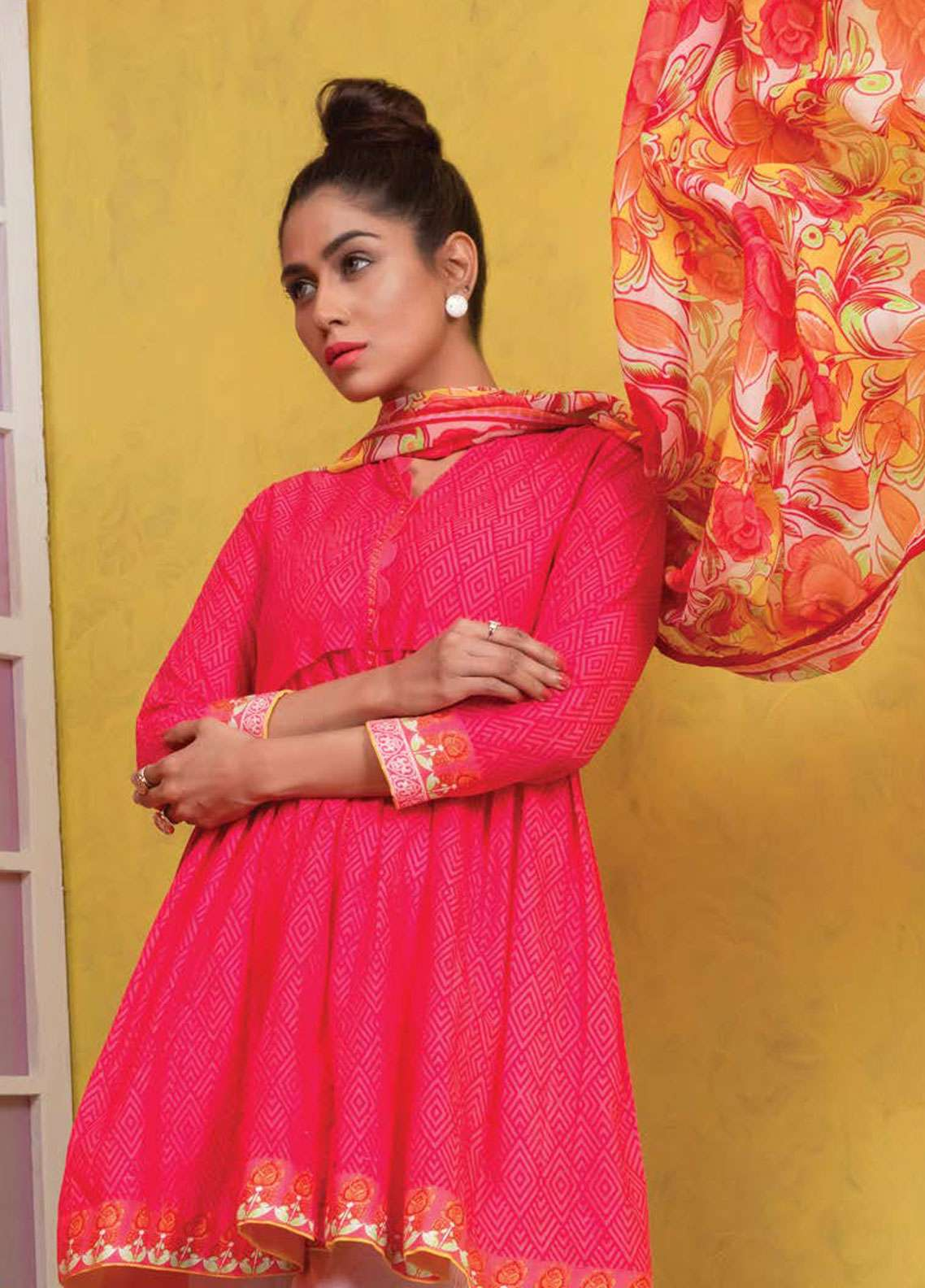 Orient Textile Printed Lawn Unstitched 2 Piece Suit OT19L 081 Ultra Pink A - Spring / Summer Collection