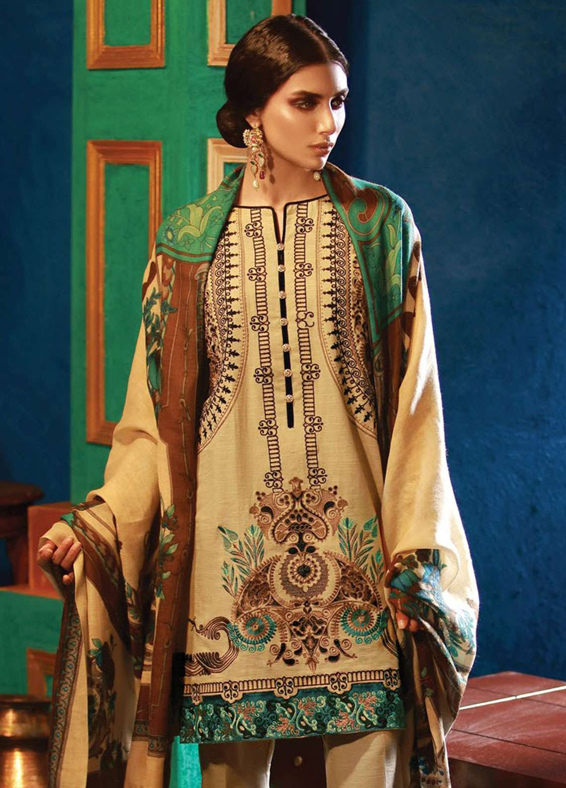 RajBari Embroidered Khaddar Unstitched 3 Piece Suit RB18K 1B - Winter Collection