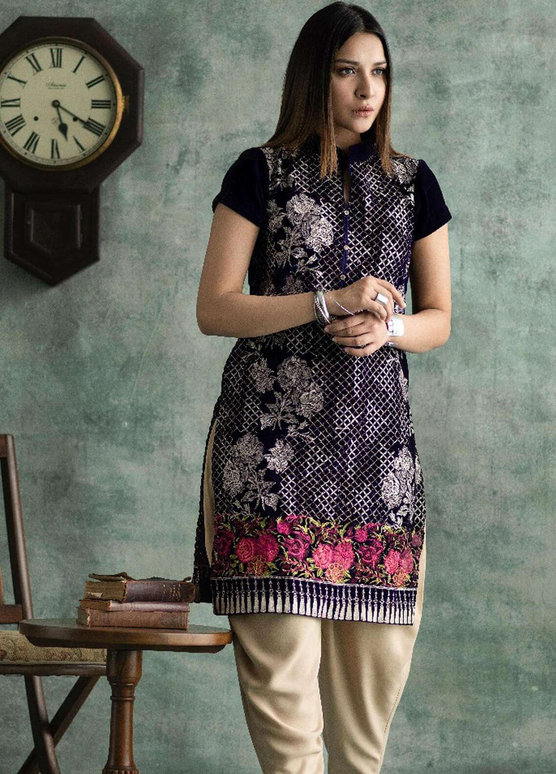 Rani Manan Embroidered Velvet Unstitched Kurties RM18-V3 01 - Winter Collection