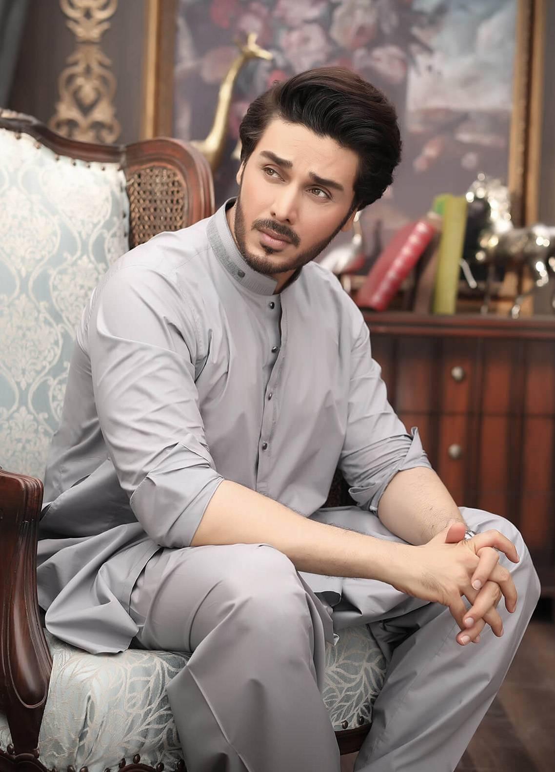 Safeer by Edenrobe EMUC18-EMINENT Cotton Unstitched Men's Kameez Shalwar Fabric