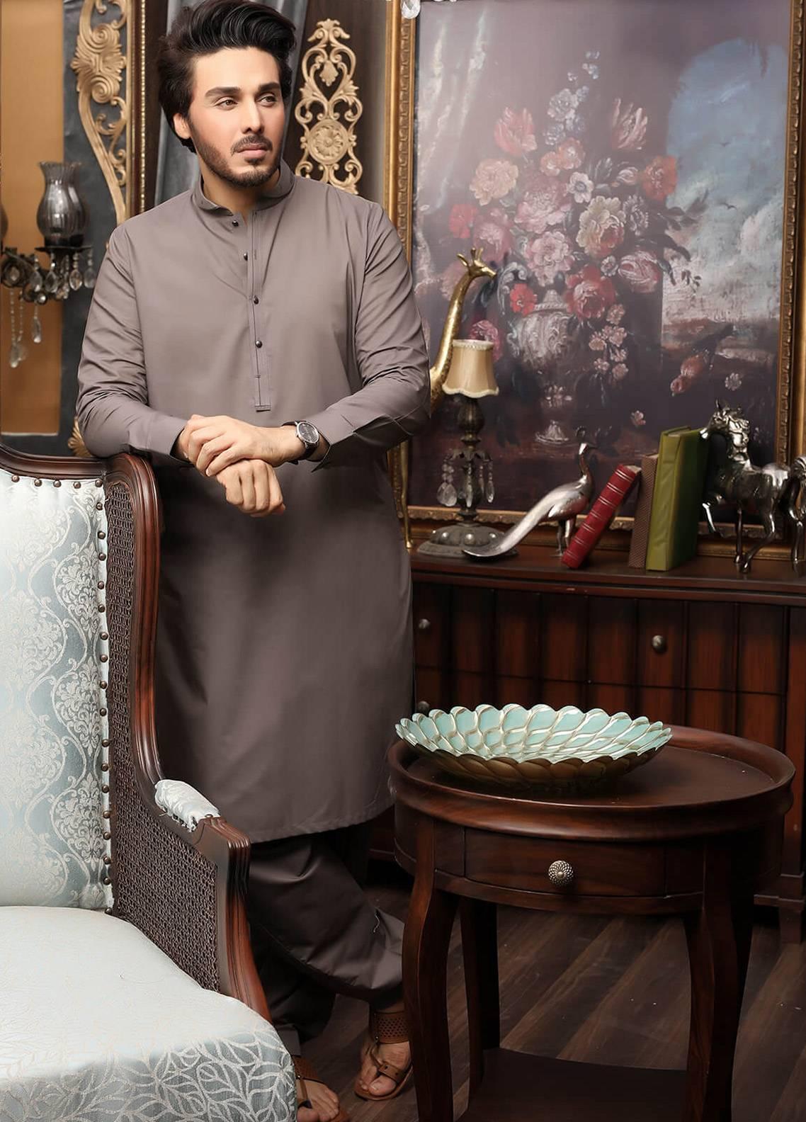 Safeer by Edenrobe EMUC18-OBSESSION Cotton Unstitched Men's Kameez Shalwar Fabric