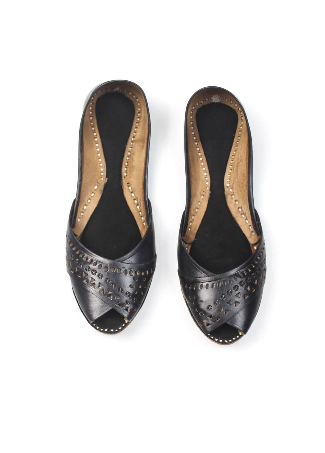 Silk Avenue Cutwork Style Khussa Leather SAF020-Black