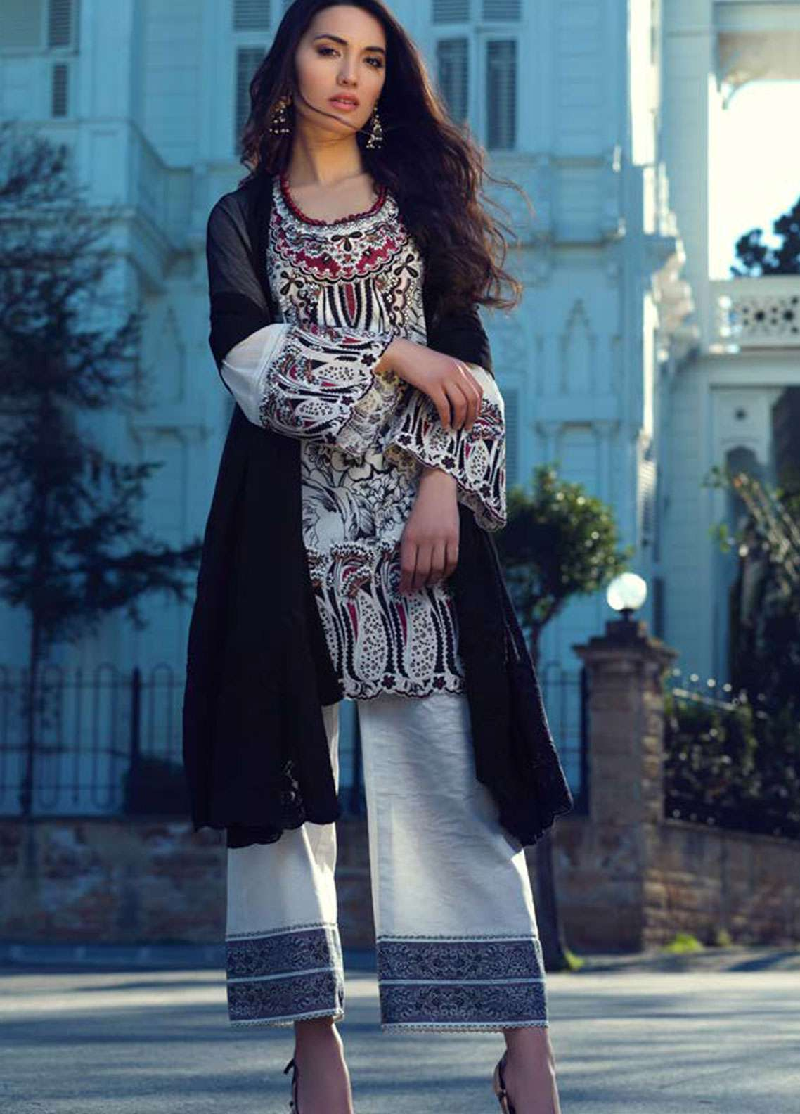 Tena Durrani Embroidered Lawn Unstitched 3 Piece Suit TD19L 10 LEYLA - Spring / Summer Collection