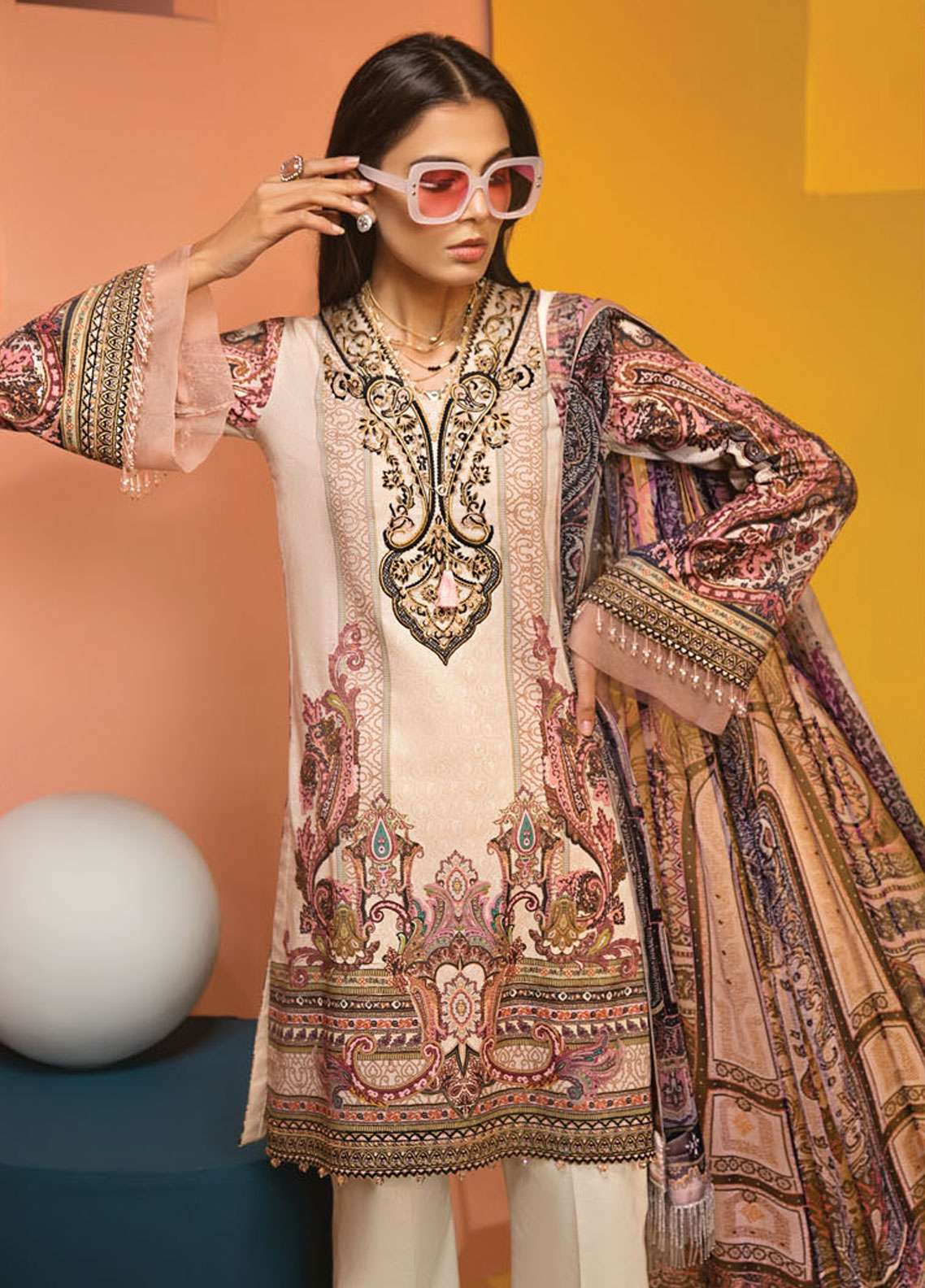 Anaya By Kiran Chaudhry Embroidered Lawn Unstitched 3 Piece Suit AKC19VL 06 JULIA - Spring / Summer Collection