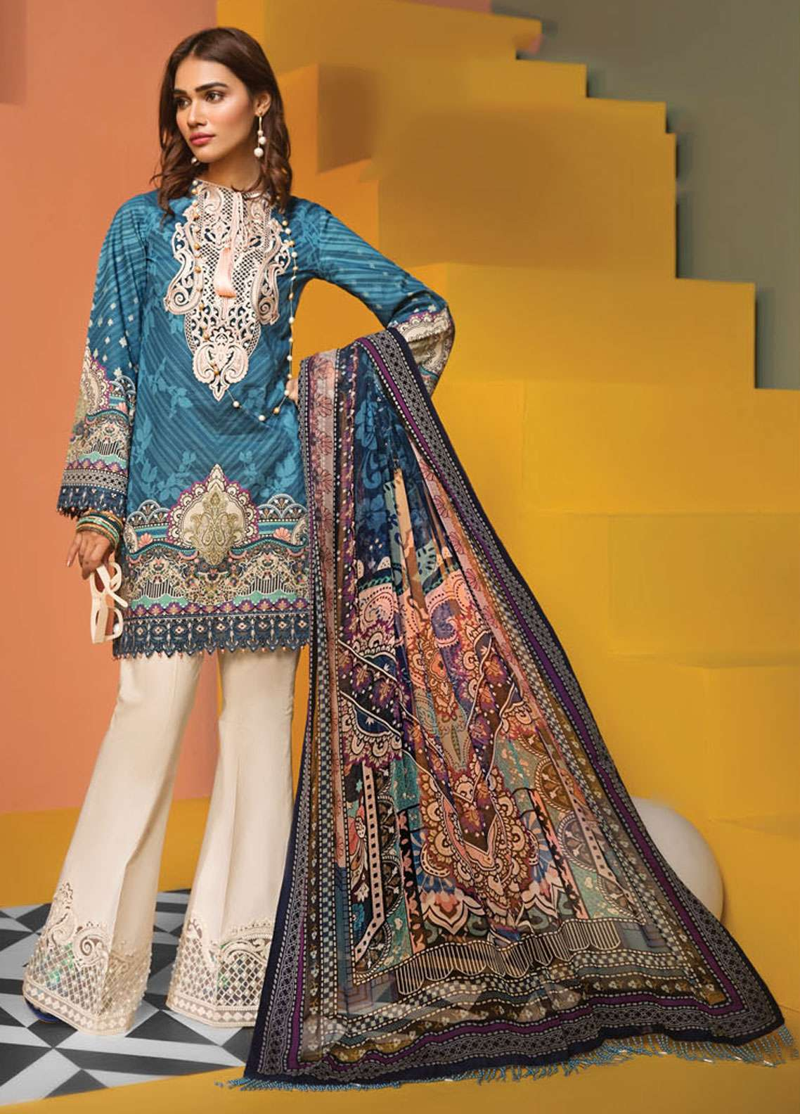 Anaya By Kiran Chaudhry Embroidered Lawn Unstitched 3 Piece Suit AKC19VL 07 CLARA - Spring / Summer Collection