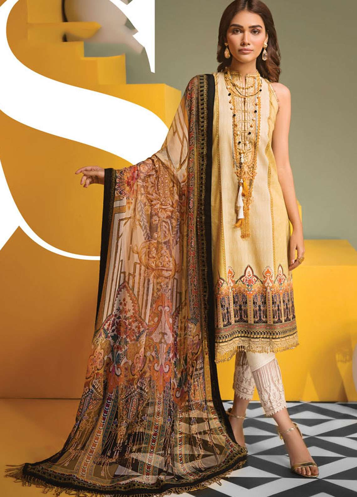 Anaya By Kiran Chaudhry Embroidered Lawn Unstitched 3 Piece Suit AKC19VL 09 SOPHIA - Spring / Summer Collection