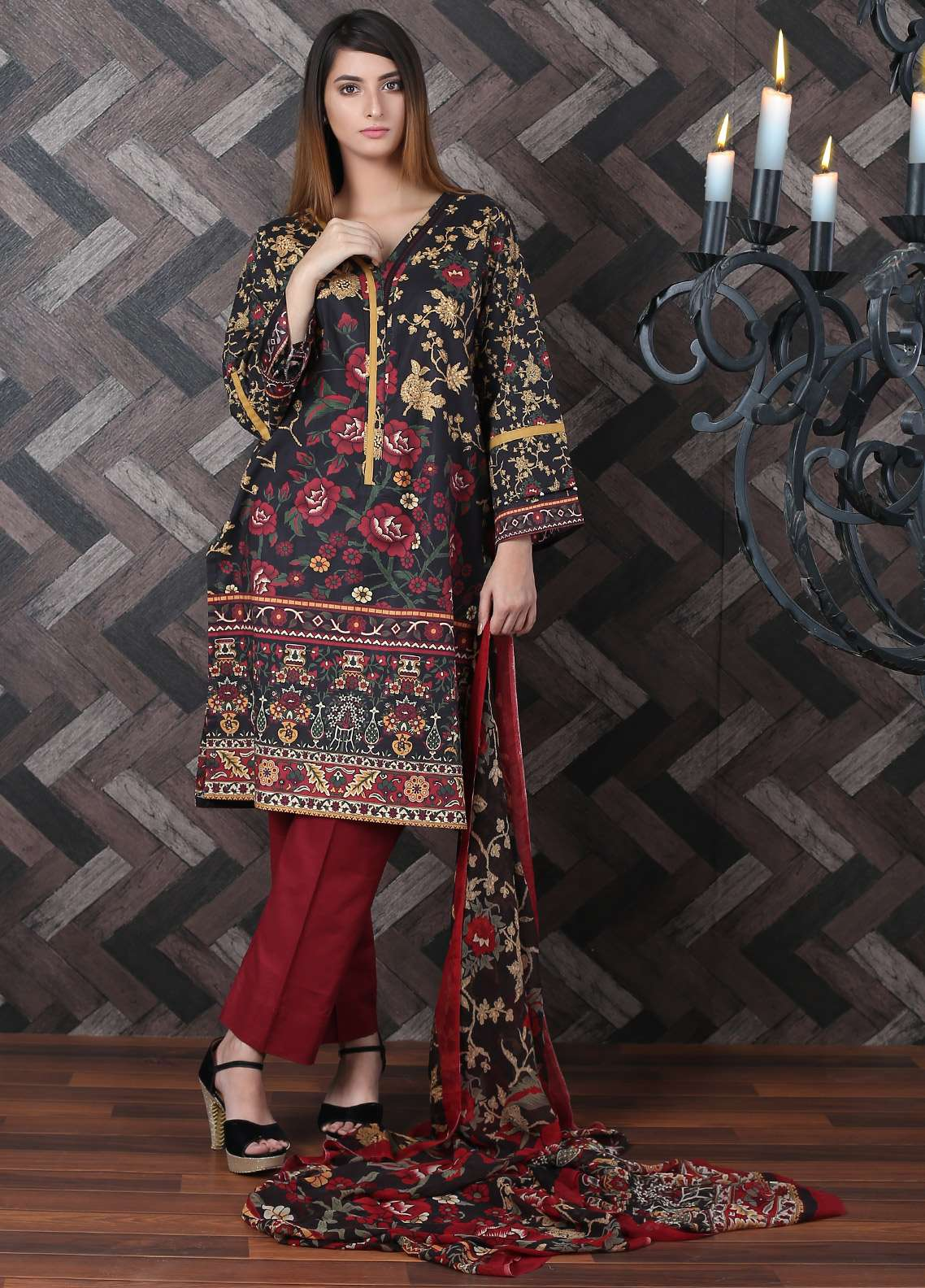 Waniya Printed Lawn Unstitched 2 Piece Suit UNS-172 - Spring / Summer Collection