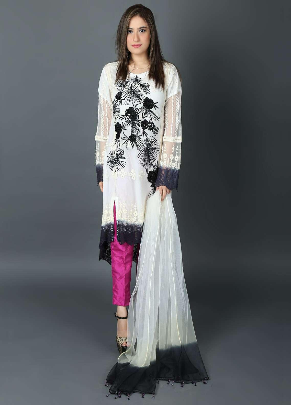Kashish Embroidered Chiffon Stitched 3 Piece Suit KSH19P 5365 White