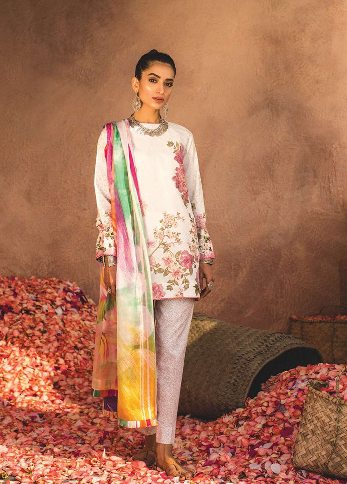 Zara Shahjahan Embroidered Lawn Unstitched 3 Piece Suit ZSJ19L SHAAM B - Spring / Summer Collection